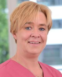 Claudia Schmitz, Zahnmedizinische Fachangestellte