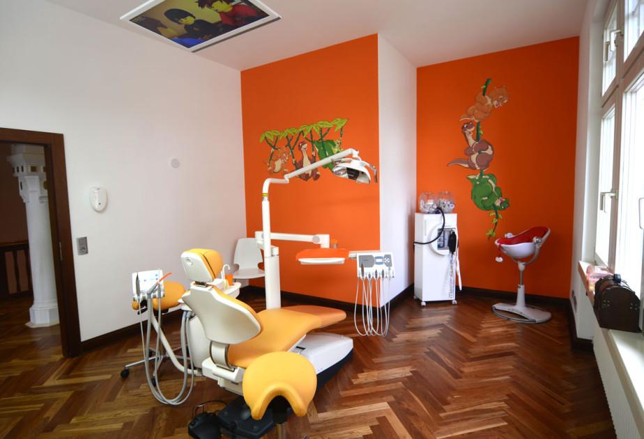 orangefarbenes Behandlungs-Kinderzimmer